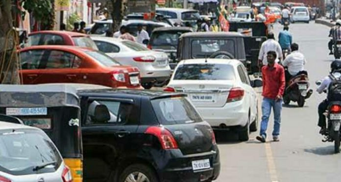 Action taken against illegal vehicle parking in Kollam city